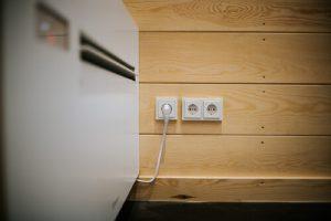 Container mit Elektrik